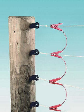 1 Stk. 4-fach Zaunverbindungskabel, isolierte Edelstahl-Klemmen, für 4-drähtige Zäune